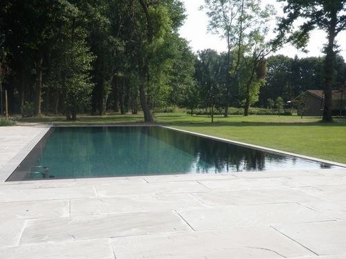 Wenst u verdere informatie over uw eigen zwembad te verkrijgen? Neem dan even contact op met Sanigo uit Geel.